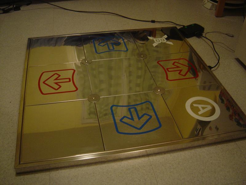 Avis aux DDR addicts DSC03575